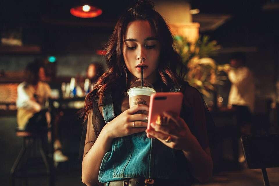 Sosyal Medyada Ünlü Olmak İster Misiniz?